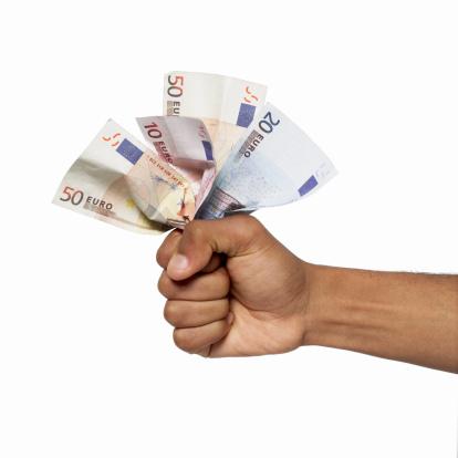 Zonder documenten direct geld lenen